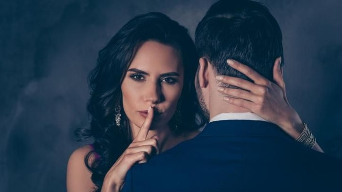 8 Alasan pasangan Anda Selingkuh