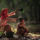 ilustrasi : Hubungan Yang Paling Kuat Di Dunia Adalah Kasih Ibu pada Anak